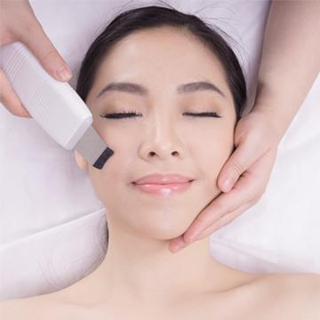 Signature Modern Facial - For Acne Treatment